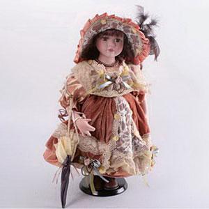 Кукла «Девочка в коричневом платье «Барокко»