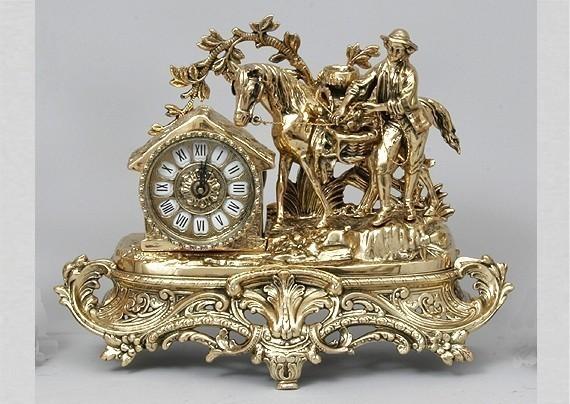 Бронзовые часы Охотник с трофеями