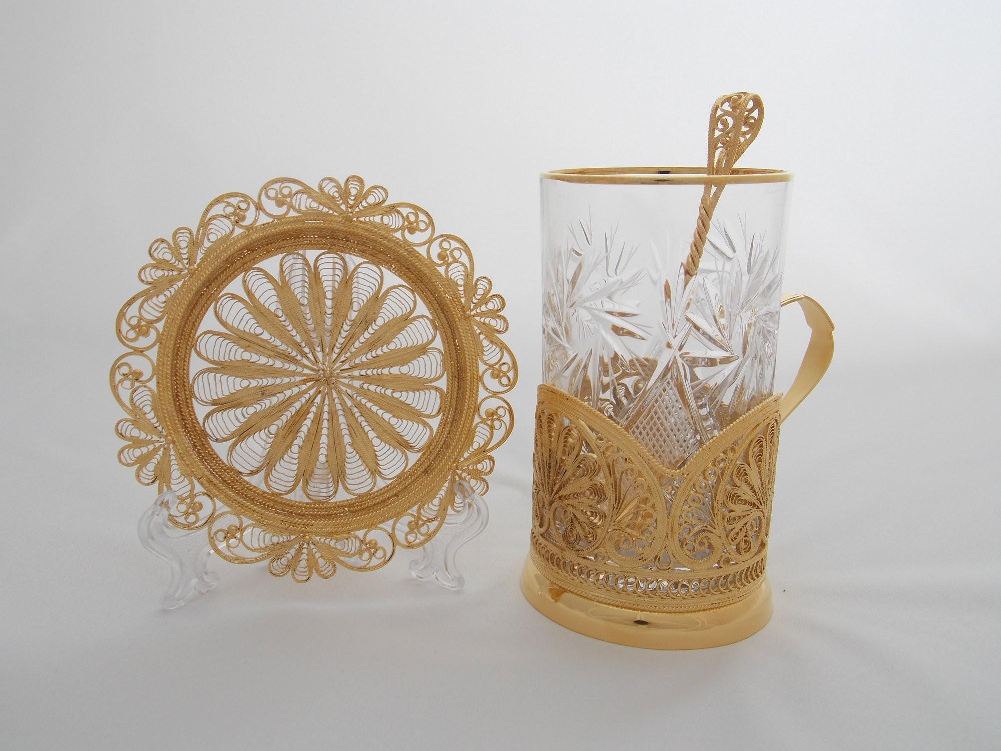 Чайный набор с золочением Сонет