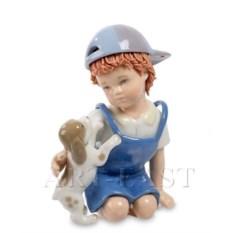 Фигурка Мальчик с собачкой