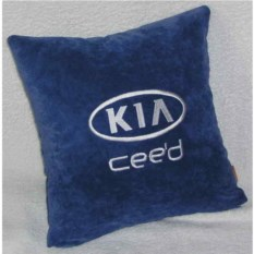 Синяя подушка с белой вышивкой Kia ceed
