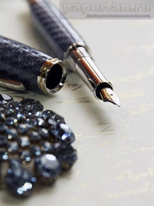 Перьевая ручка Сияющий перванш с карбоновым корпусом