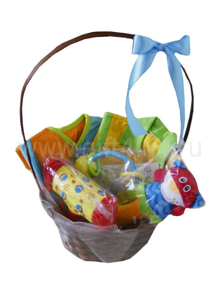 Подарочная корзина для малыша