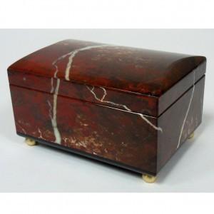 Шкатулка для украшений из яшмы