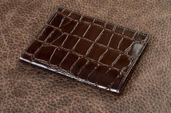 Обложка для паспорта из кожи Amelie (коричневый, крокодил)