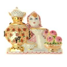 Фарфоровая статуэтка Русский чай