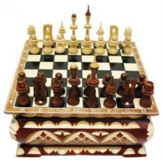 Резные шахматы Ларец (25х25 см)
