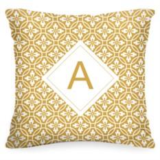 Подушка с вашей буквой «Золотой узор»