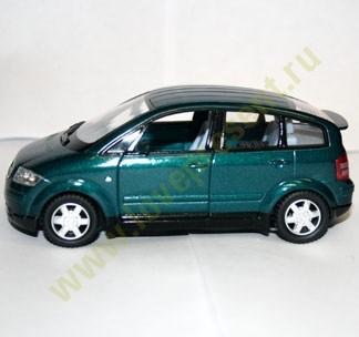 Машинка Kinsmart Audi A2