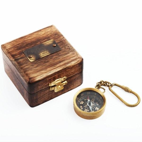 Компас-брелок Севастополь в деревянной коробке