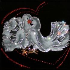 Картина с кристаллами Сваровски Голубки
