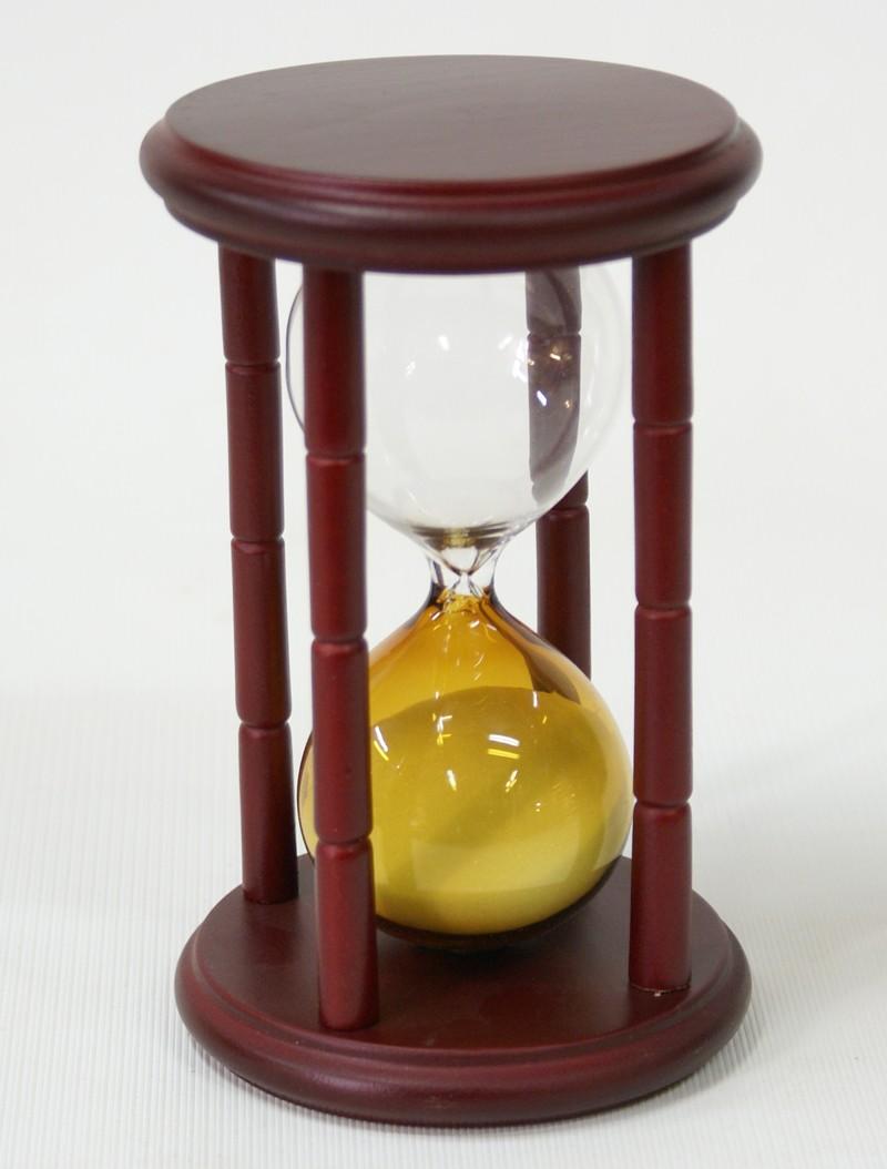 Песочные часы на 15 минут (желтый песок)