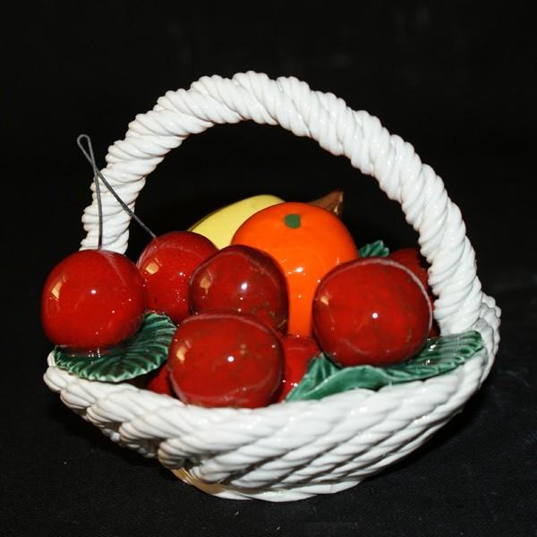 Корзина шестиугольная с фруктами