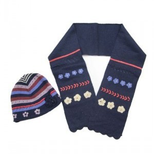 Шапка с шарфом Tuc Tuc