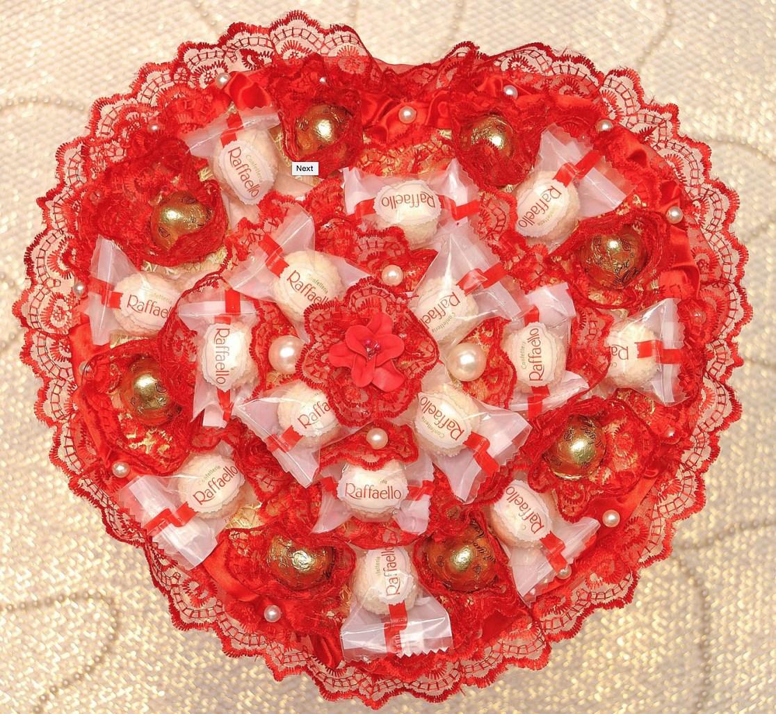 Сердце из конфет своими руками фото