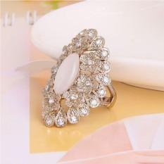 Винтажное кольцо с опалом и кристаллами Пион