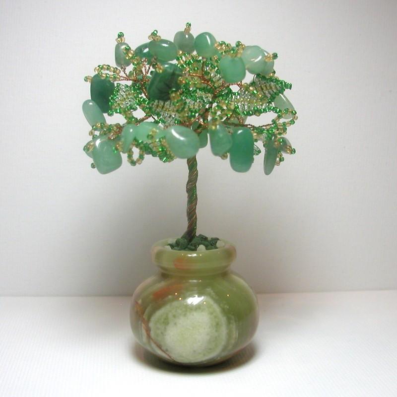 Дерево счастья из нефрита в вазочке из оникса