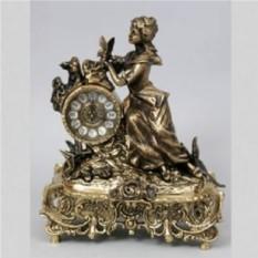 Каминные часы Дама с розами