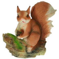 Ландшафтная фигурка Белочка с орешком
