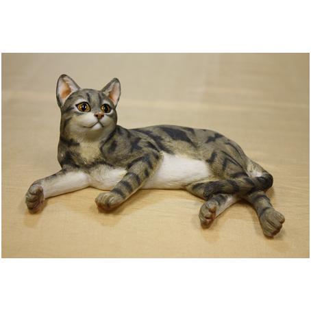 Кошка «Серая лежащая»