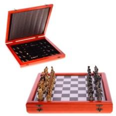 Оловянные шахматы с фигурами Русские и французы