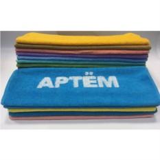 Полотенце с вышивкой Артем