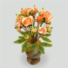 Цветок радости из агата в вазочке из оникса