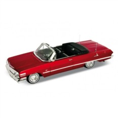 Модель винтажной машины 1:24 Chevrolet Impala 1963 от Welly