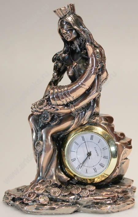 Настольные декоративные часы Фортуна, сидит