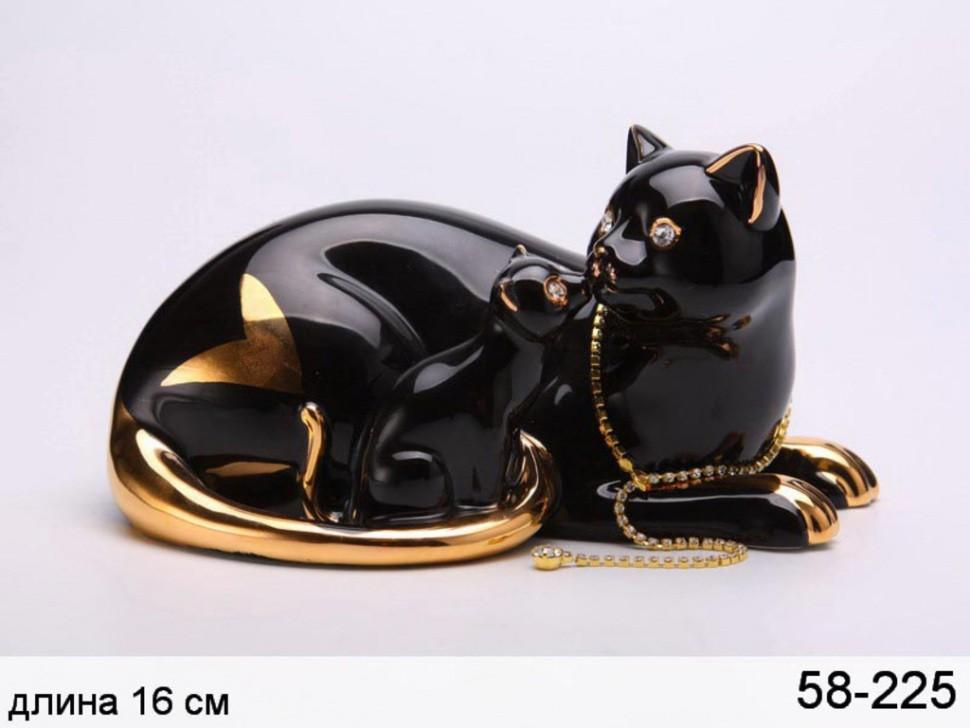 Фигурка Черные кошка с котенком