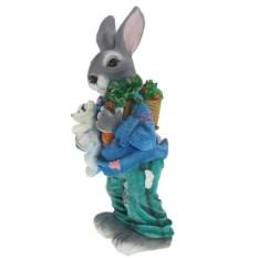 Декоративная садовая фигура Зайка с морковкой