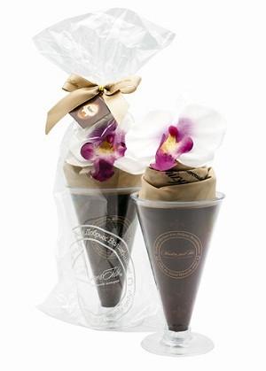 Сумка Парфе из карамели с цветком Орхидеи