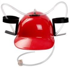 Красная пивная каска с подставкой под банки