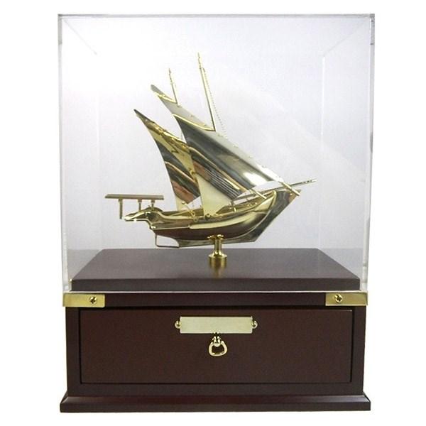 Шкатулка Корабль