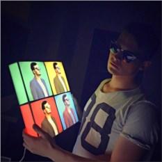 Дизайнерский светильник с портретом на заказ