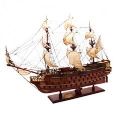 Модель корабля Le Saint Espirit
