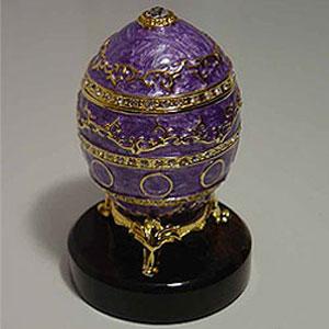 Яйцо пасхальное с алмазом