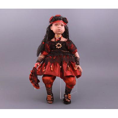 Кукла «Лэйни»