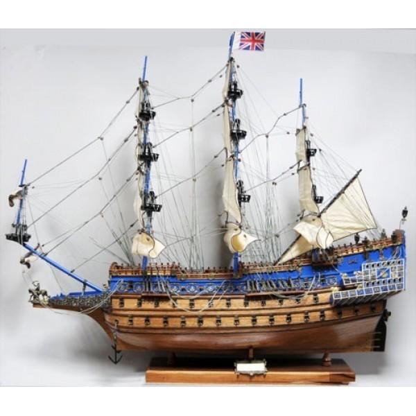 Модель парусника Повелитель Морей (Sovereign of the Seas)