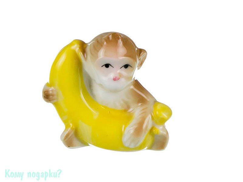Фарфоровая статуэтка «Обезьянка с бананом» (h=5 см)