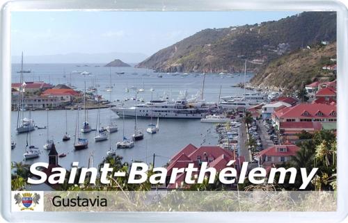 Магнит: Сен-Бартельми. Порт в Густавии
