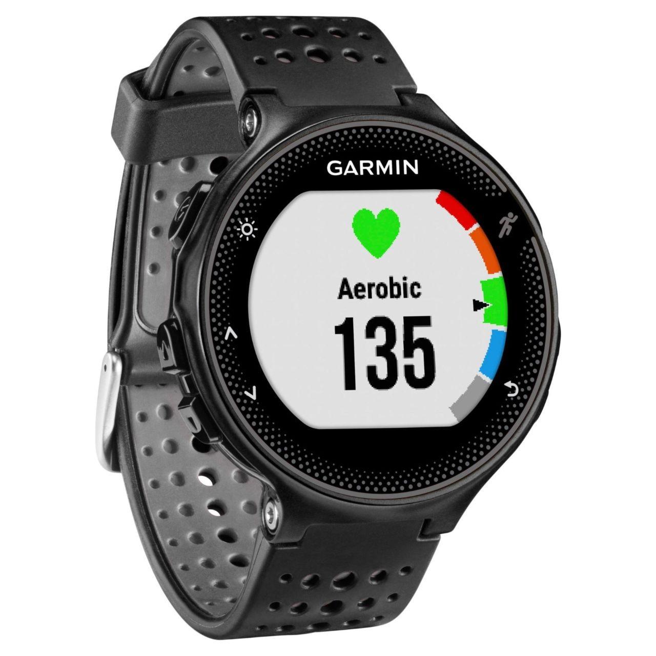 Беговые часы Garmin Forerunner 235 Black (Цвет черно-серый)
