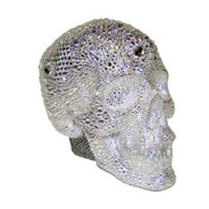 Инкрустированный череп Swarovski