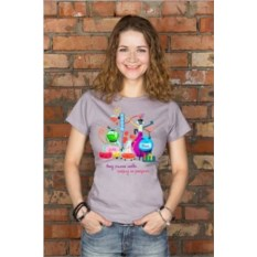 Женская футболка с вашим текстом Лаборатория