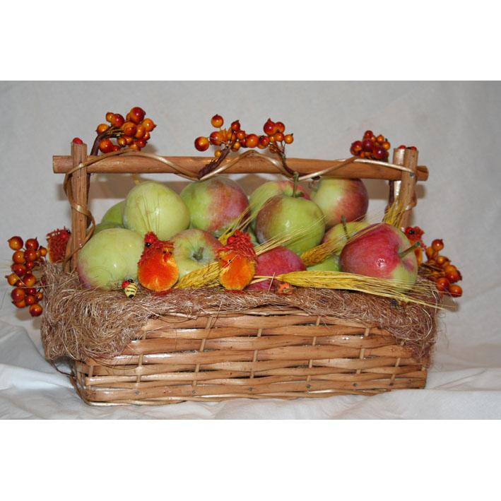 Корзина «Яблочный спас»