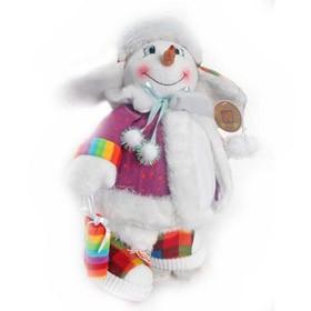 Снеговик в кедах на снежинке