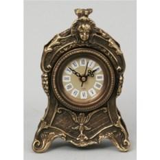 Изысканные часы из бронзы