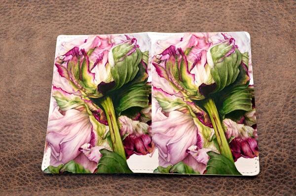 Кожаная обложка для паспорта (белый, Нежность цветка)