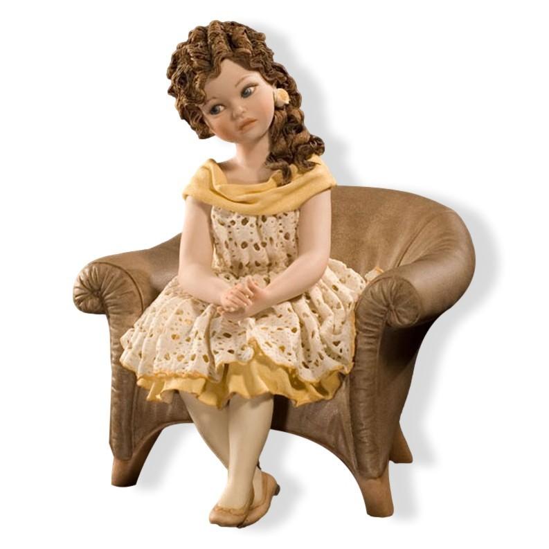 Фарфоровая статуэтка Clara Sibania Clara