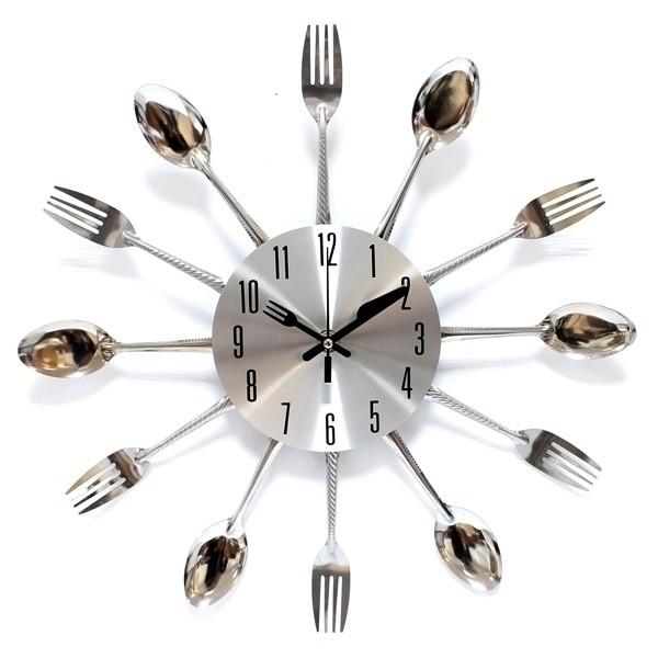 Часы Кушать подано